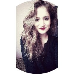 Adriana R.